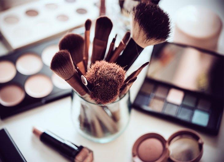 Acude a nuestros talleres de belleza y resuelve tus dudas.