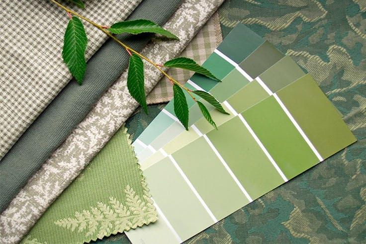Existen diferentes tonalidades de verde para la decoración del hogar