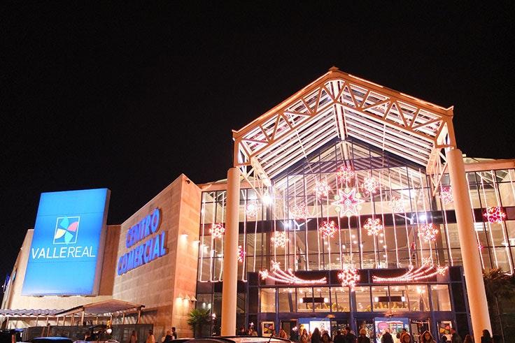 Valle Real con luces de Navidad