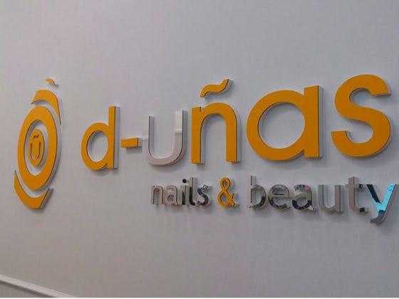 Apertura de la tienda D-Uñas en Valle Real