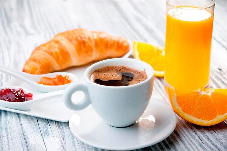 Desayuna en cafetería Covadonga Momento Inspirador en Valle Real