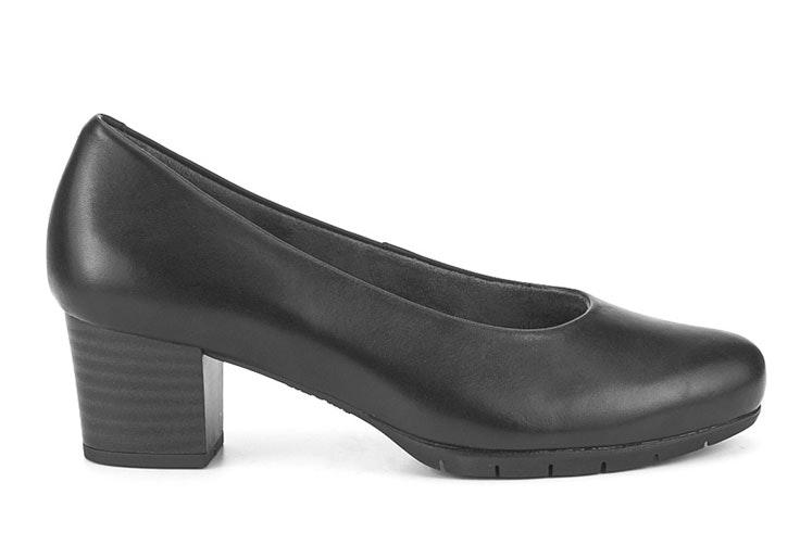 zapato-tacon-negro-merkal-calzados