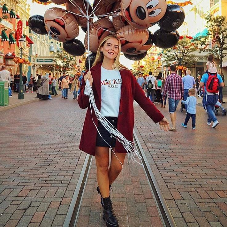valentina-ferragni-aniversario-mickey-mouse-globos