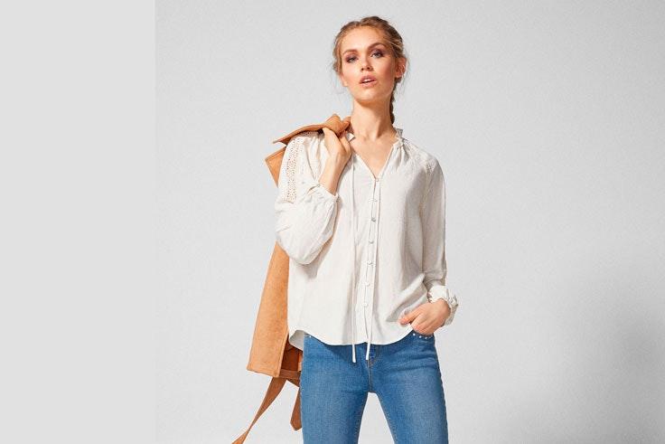 camisa-blanca-cuello-fruncido-springfield