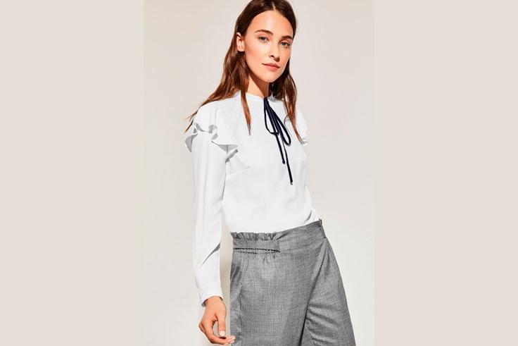 camisa-blanca-detalle-volantes-mangas-cortefiel
