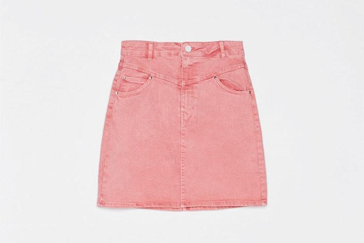 mini-falda-rosa-vaquera-bershka