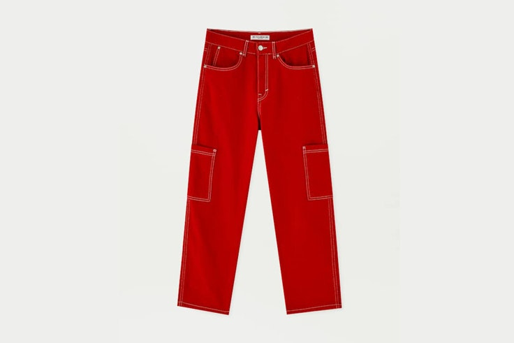 pantalon-rojo-pull-and-bear