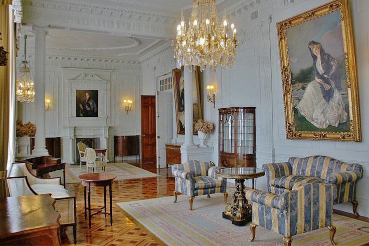 palacio-de-la-magdalena-salon-de-la-familia