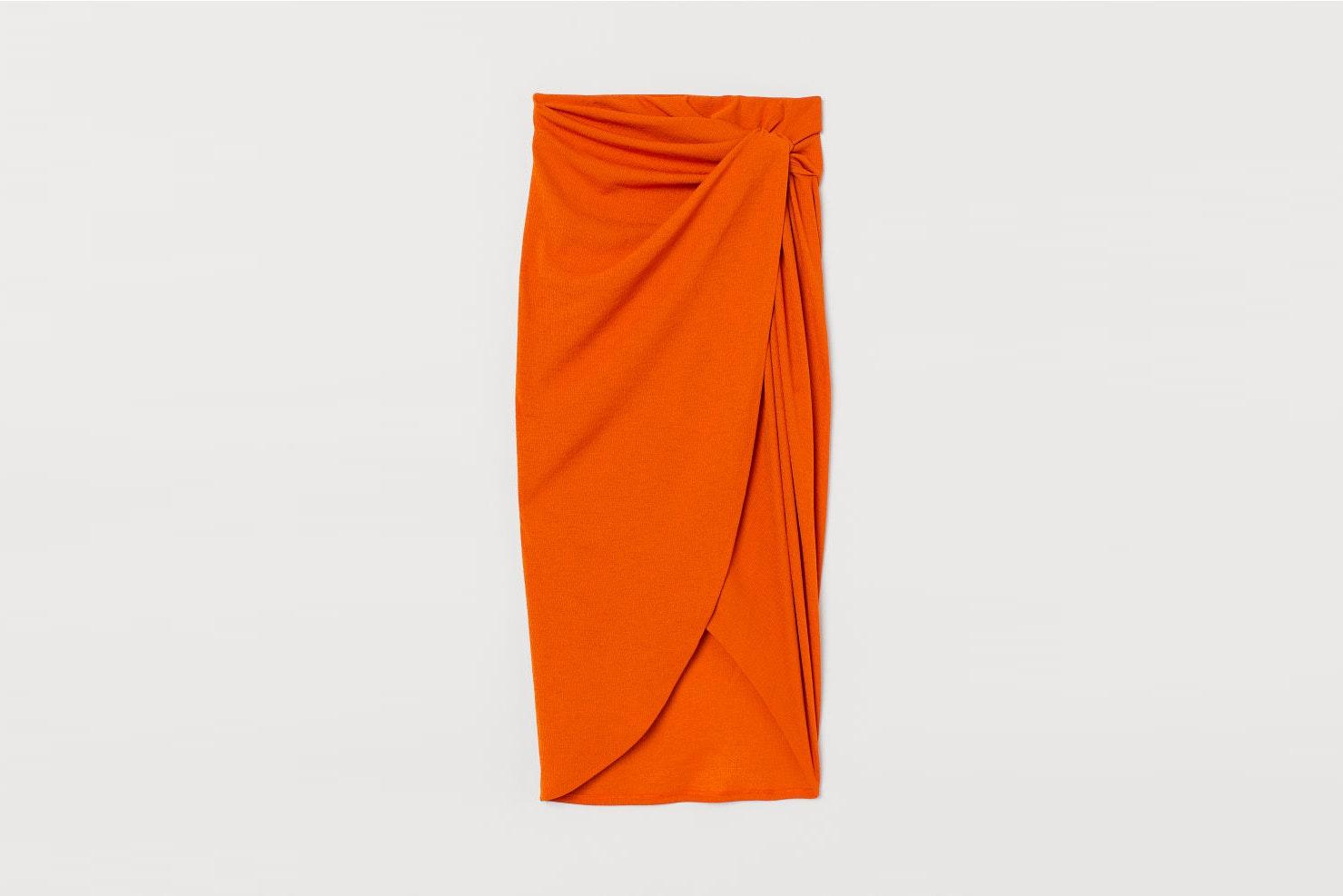 falda naranja hym