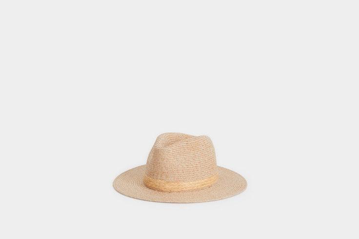 sombrero parfois el estilo de Sara Baceiredo