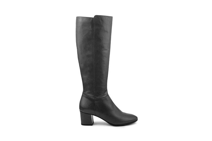 botas altas negras tacon bajo merkal calzados