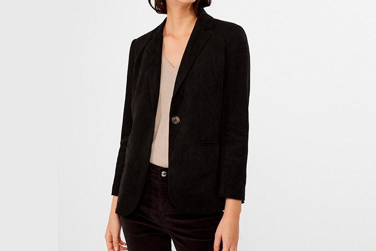 chaqueta americana negra cortefiel