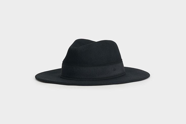 sombrero de lana negro de parfois Alexandra Pereira