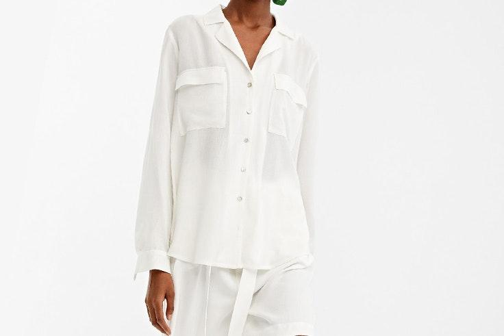 blusa con bolsillos de springfield looks de oficina