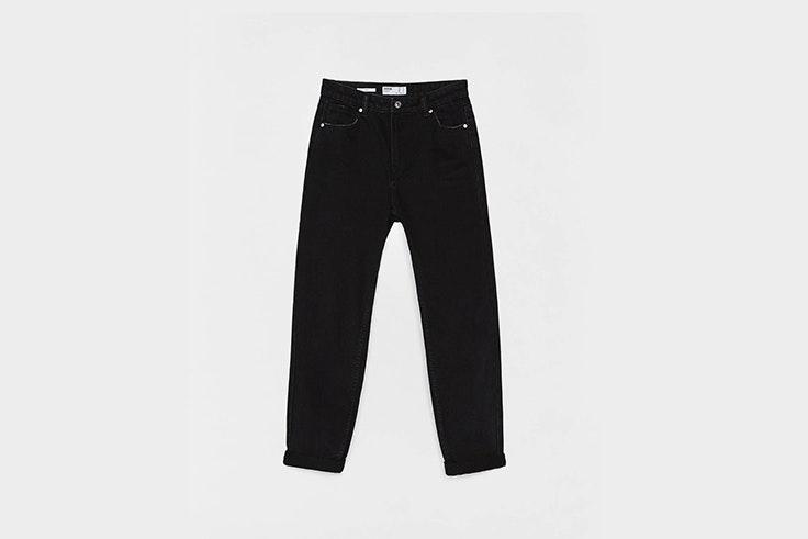 jeans mom fit negros de bershka Pernille Teisbaek