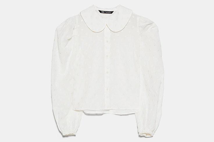 Blusa de cuello bobo con detalle de lunares bordados zara