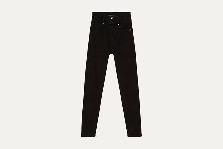 pantalon high waist negro de bershka Sandra Rodrigues