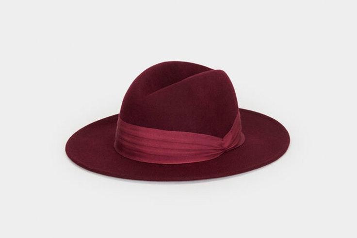 Sombrero de lana en color granate de Parfois