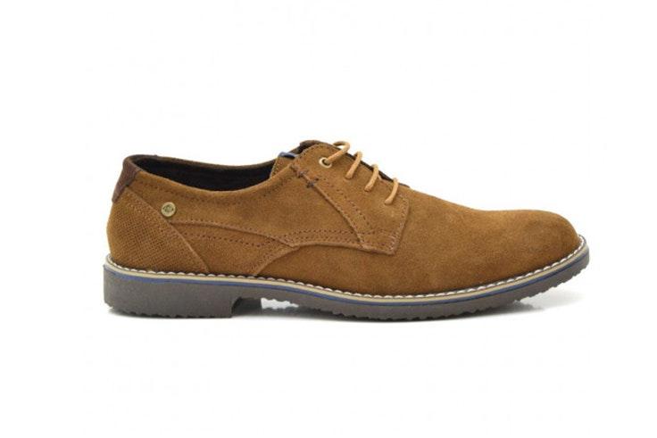 Zapatos marrones con cordón de Tino González