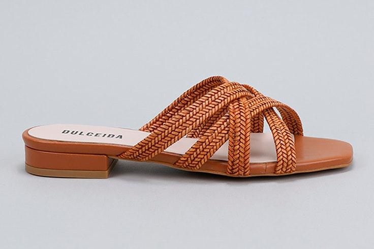 sandalias para verano colección dulceida Sandalias planas en color marrón de Krack