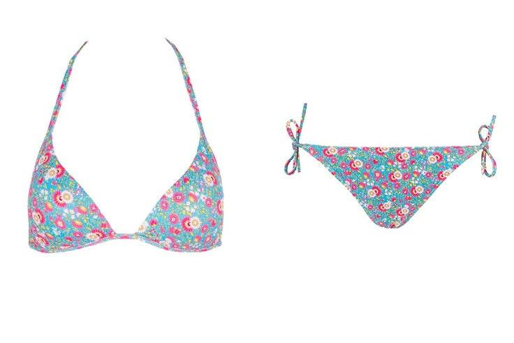 Bikini con estampado de flores de Calzedonia tendencias para verano