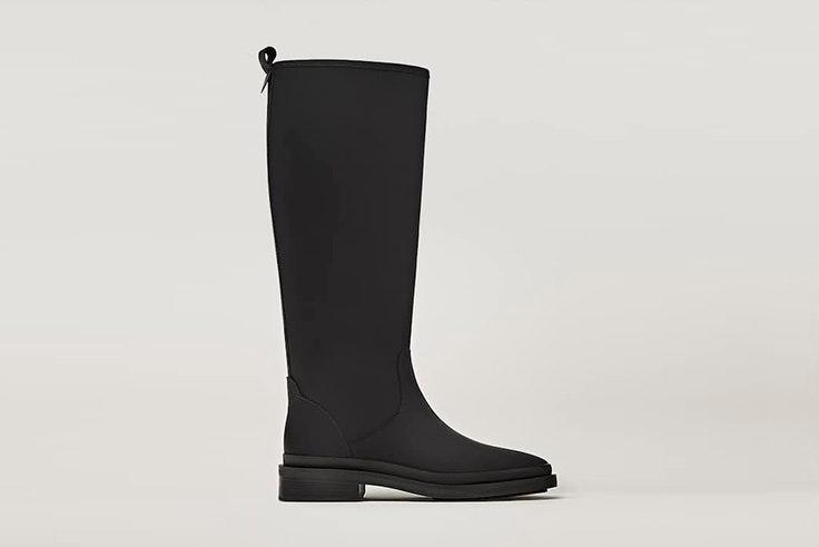 Botas negras de Massimo Dutti