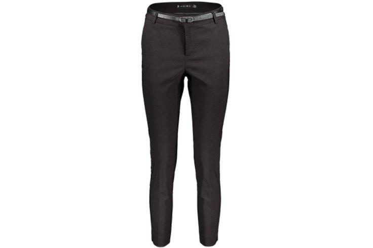 Pantalones negros de New Yorker