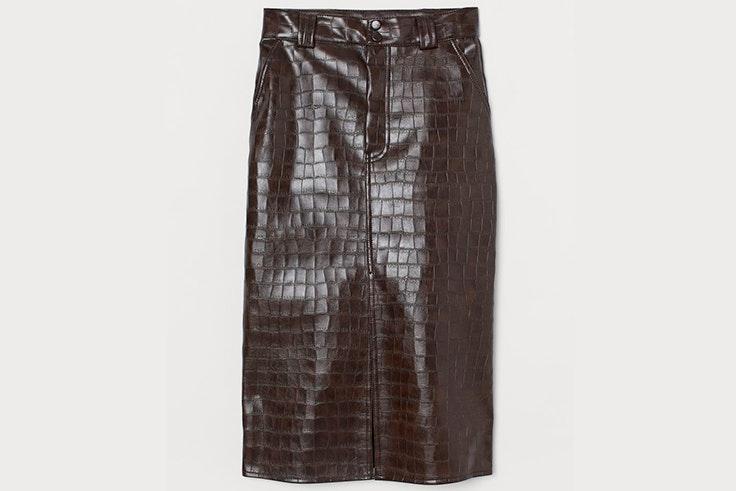 Falda midi marrón con efecto piel de cocodrilo de H&M