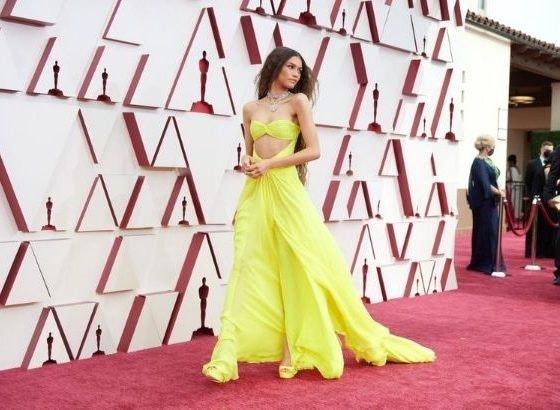 Look amarillo