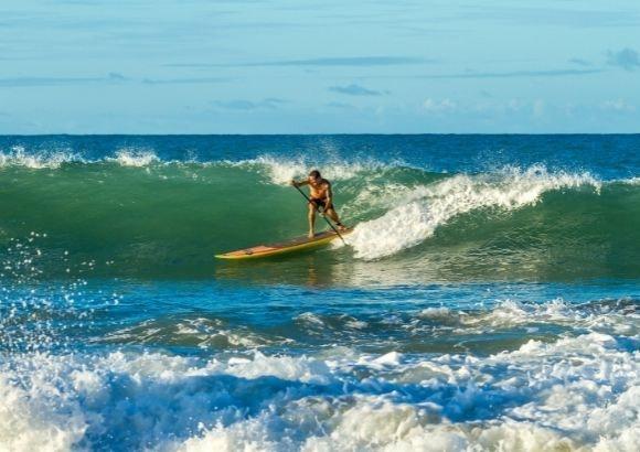 practicar paddle surf
