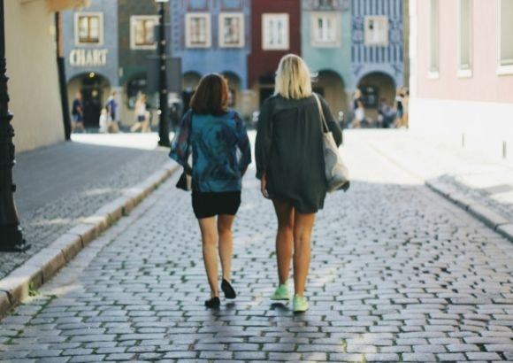 beneficios salud caminar