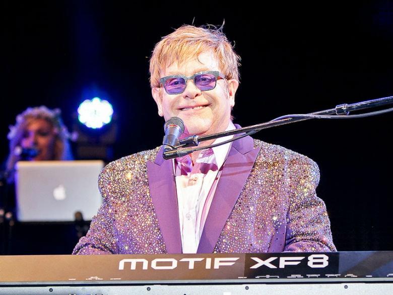 Arquivo de Elton John Centro Vasco da Gama