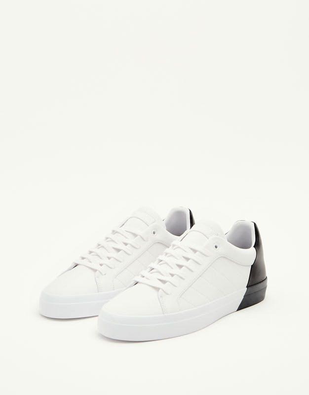 Sneakers Pull & Bear, 29,99€