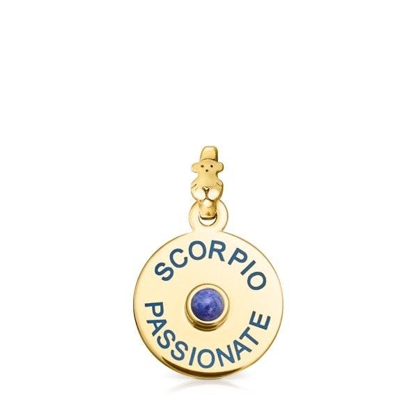 Escorpião | A intensidade de Lapis Lazuli, a pedra da serenidade, esconde a poderosa paixão e sabedoria de Escorpião.
