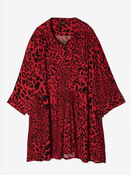 Vestido Parfois, 35,99€   Como vestido ou como camisa, com umas calças de ganga justas por baixo.