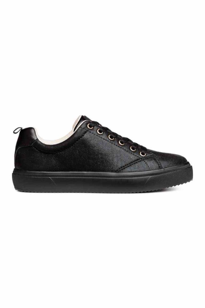 H&M_sneakers_agora 16,99€, antes 24,99€