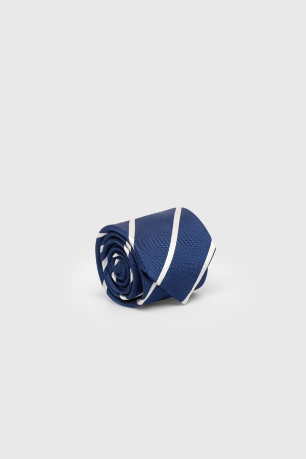 Gravata, Cortefiel, 39,99€
