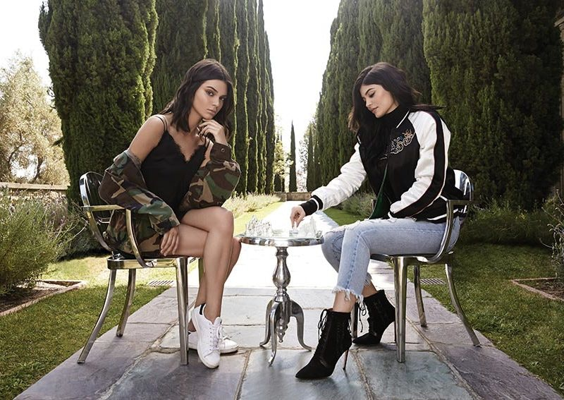 Kendall-+-Kylie-for-F21_Hero