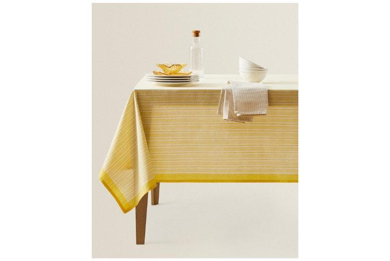 Aire nuevo mesa comedor