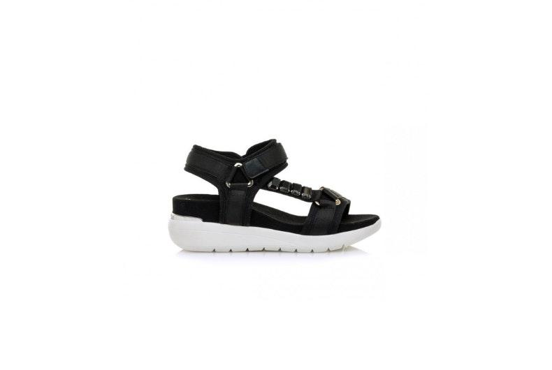 las sandalias deportivas de moda