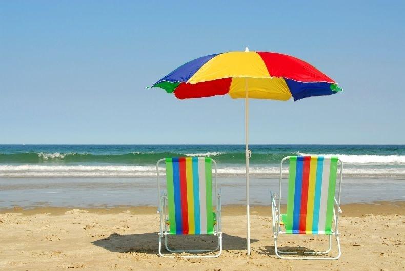 7 tipos de personas que te puedes encontrar en la playa