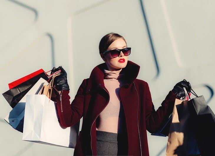 Shopping und neue Marken wie Miniso, Blue Tomato und HOLYMESH im ALEXA Berlin