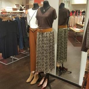 Lange Röcke von 1.2.3. - festliche Kleider & Accessoires im ALEXA Berlin