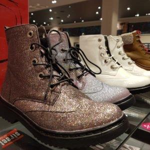 Glitzer Boots von Street Shoes // Winterstiefel im ALEXA Berlin