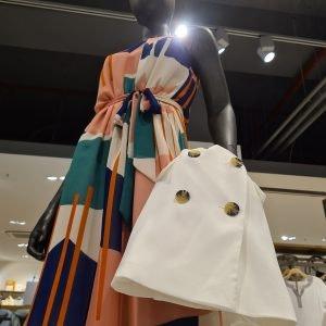 Kleid von Esprit im ALEXA Berlin