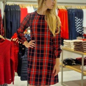 Caro-Kleid von Esprit // Herbstmode im ALEXA Berlin
