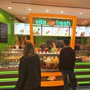 Superfoods bei Vitafresh im ALEXA Berlin