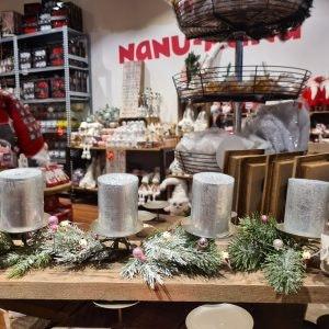 Weihnachstdeko von NanuNana im ALEXA Berlin