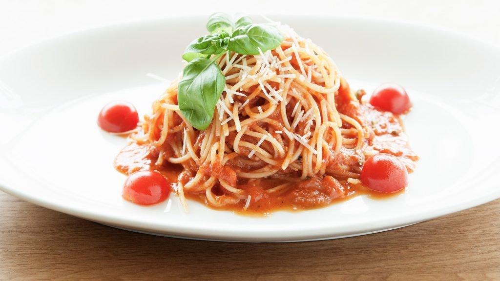 Pomodori-Berlin_Essen_Pasta_Spaghetti-Pomodori.jpg